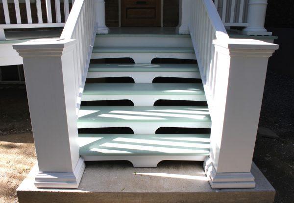 balcon-avant-escalier-entree